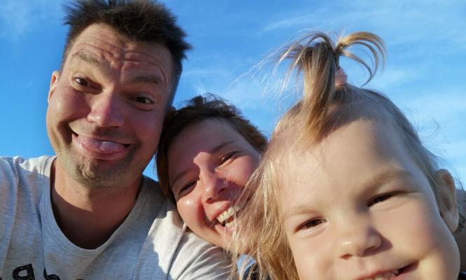 Как строить отношения людей в семье по любви?